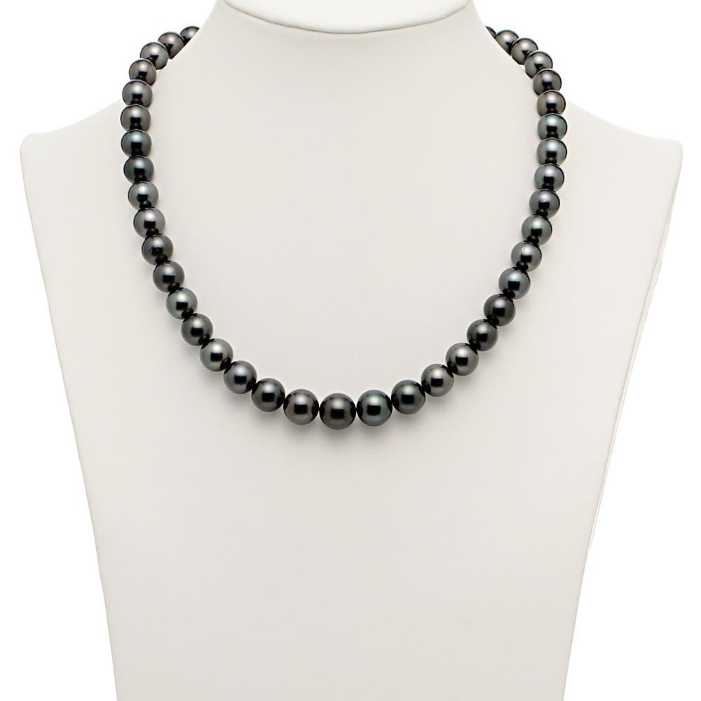 黒蝶パール 2点セット(ネックレス+イヤリング・ピアス) ネックレス 着用例