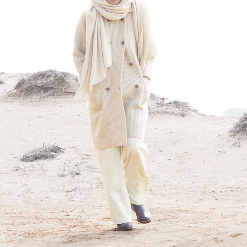 モンゴル ヌーヴォーカシミヤ 片畦編み使い Pコート コーディネート例
