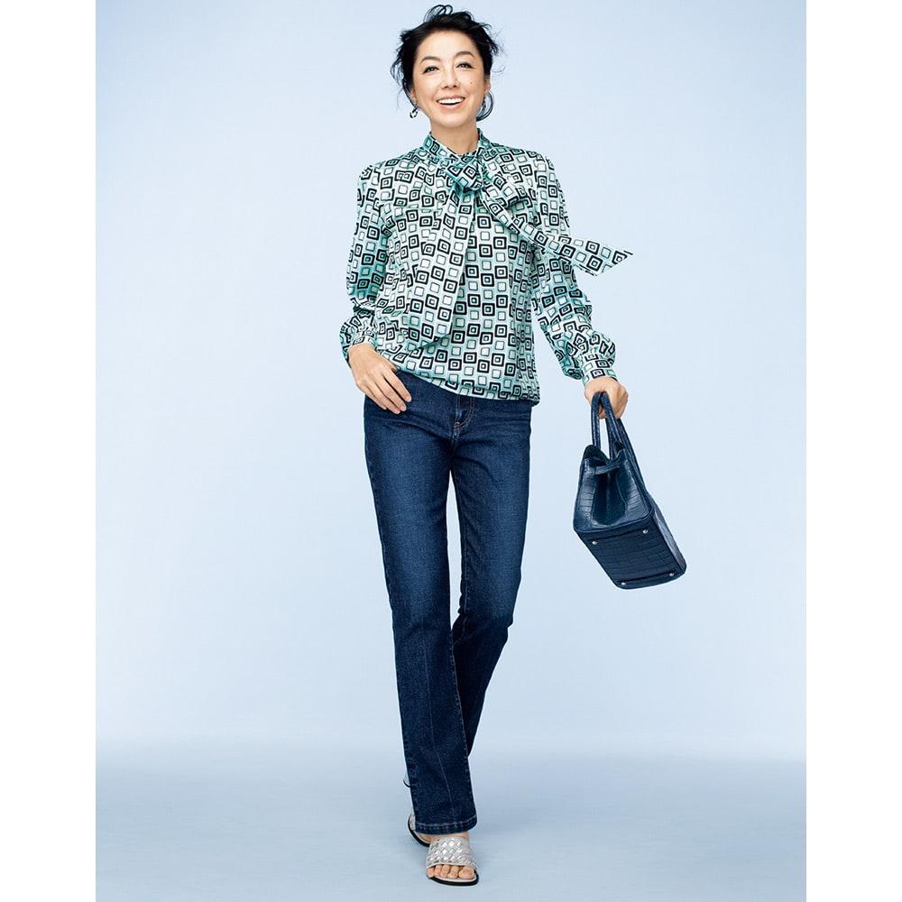 ジャパンデニム 美脚 セミブーツカットパンツ コーディネート例 /定番だからこそ、「旬」を意識したいデニムスタイル。