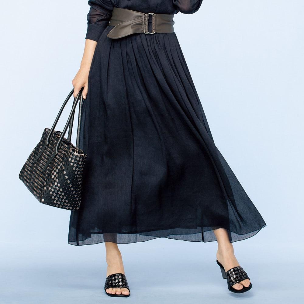 リネンシルク ロングスカート 着用例 ※ベルトは含まれません。