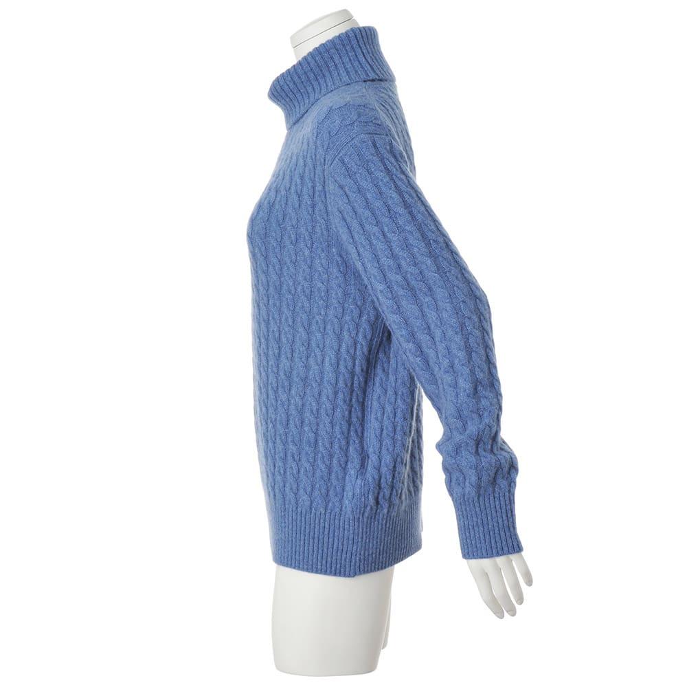イタリア糸 カシミヤケーブル編み タートルネックプルオーバー