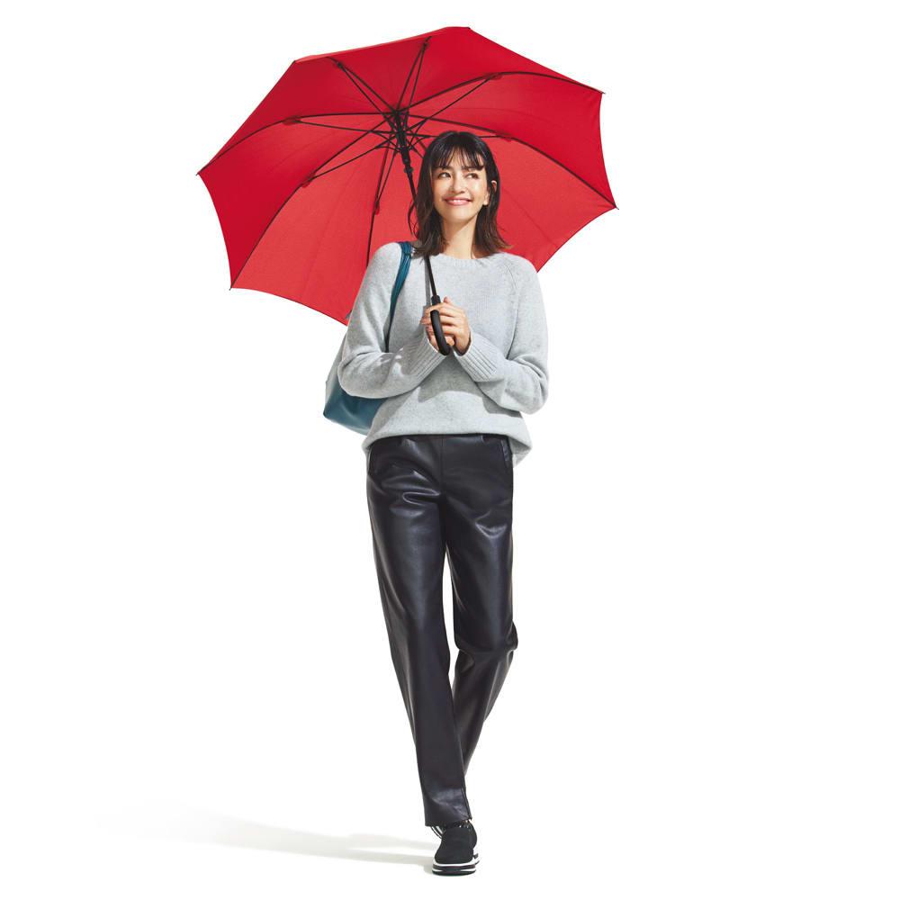 フェイクレザー テーパードパンツ (ア)ブラック Rainy Day Style コーディネート例