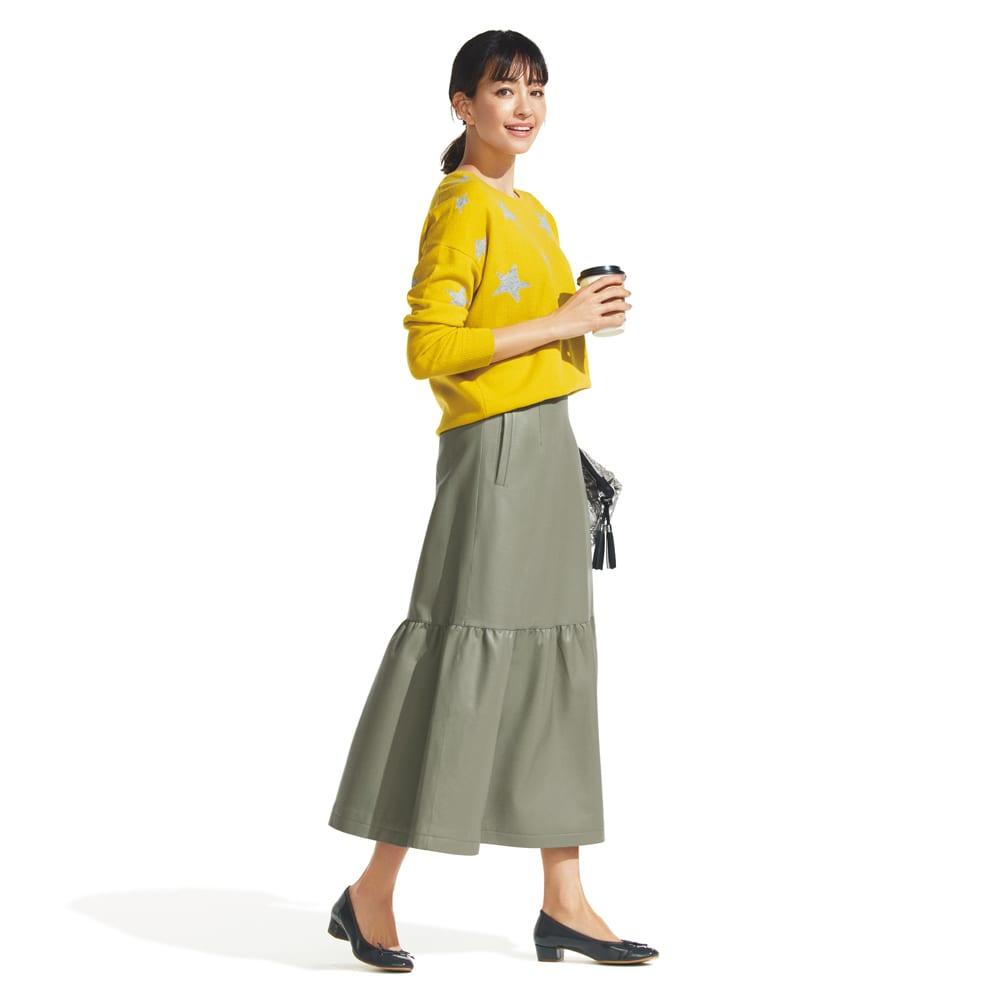 フェイクレザー ティアードスカート (ア)カーキ My Favorite Style コーディネート例
