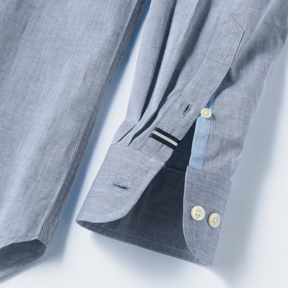 SCENE(R)/シーン ムラ糸シャンブレー シャツ(日本製) スリム 上剣ボロにグログラン、下剣ボロには別布を施し、さりげない遊び心をプラス。 ※画像は同シリーズの別商品(UY16-01)です。