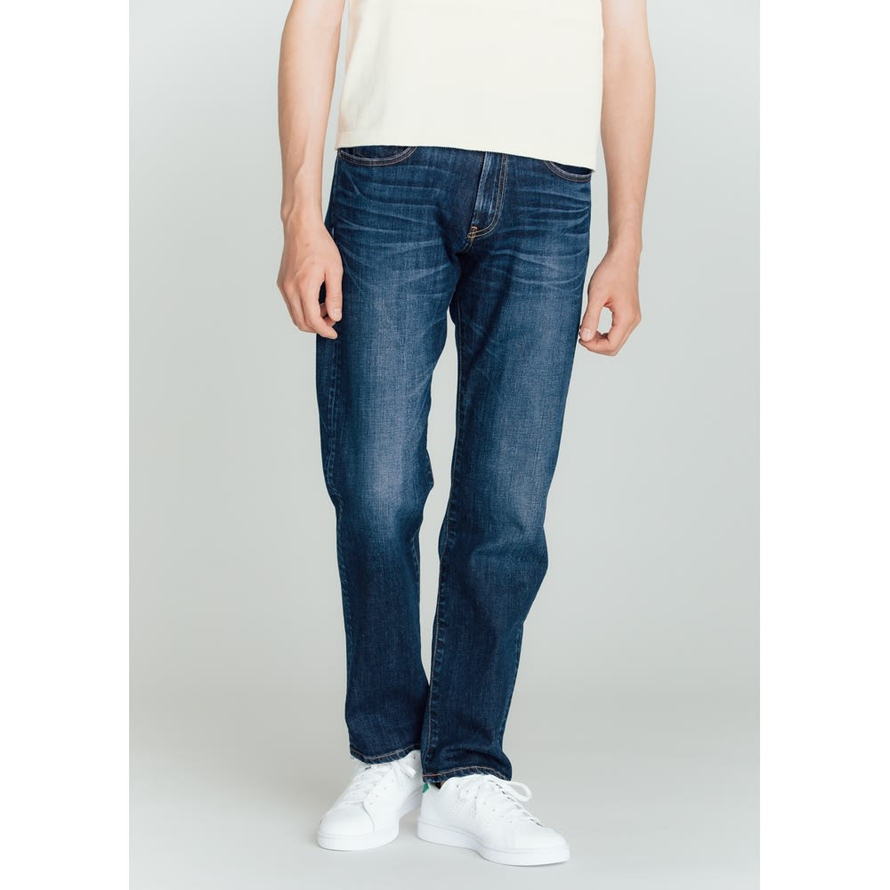 「カイハラ」 ジャパンメイドデニム ヴィンテージ加工ジーンズ 裾に向かってほどよくシェイプしたシルエット。