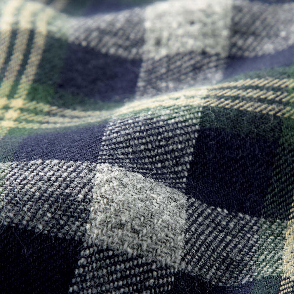 ジャズネップ フランネル チェック シャツ 温かな雰囲気が魅力のフランネル素材。部分的にネップが出て、表情豊か。