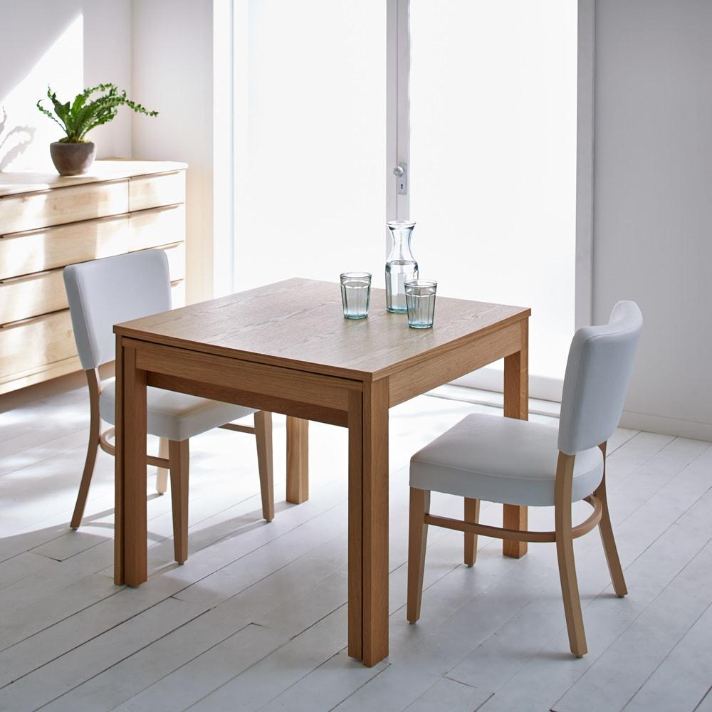 NobuII 伸長式スライディングテーブル ウォルナット材ダイニングテーブル 正方形幅85~143.5cm ※画像は同型オークタイプです。