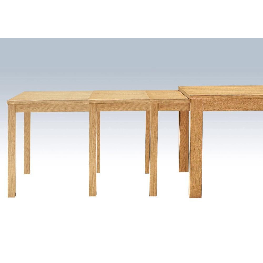 NobuII 伸長式スライディングテーブル ウォルナット材ダイニングテーブル 正方形幅85~143.5cm 最大の伸長サイズは143.5cm。隠しキャスターで伸長はスムーズです。 ※画像は長方形タイプ(オーク)です。