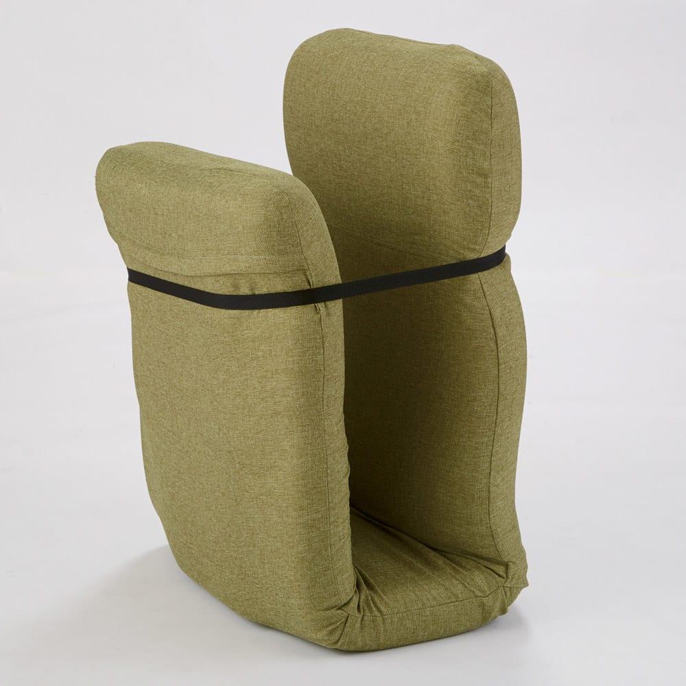 腰に優しいゆらゆら寝椅子 ワイド 幅67cm 使わないときは、専用ベルトで留めてコンパクトに収納できます。