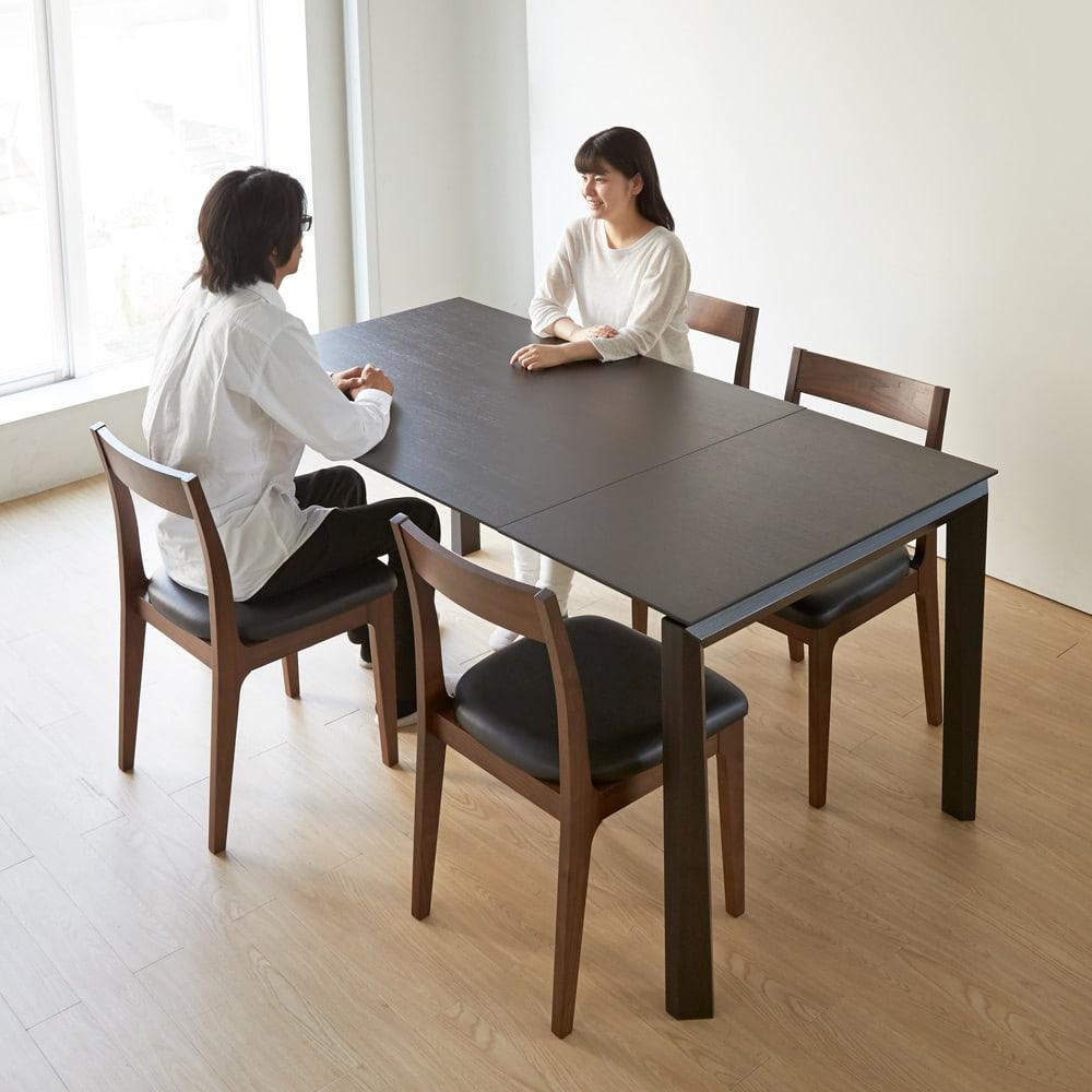 Universe ユニバース イタリア製伸長式ダイニングテーブル