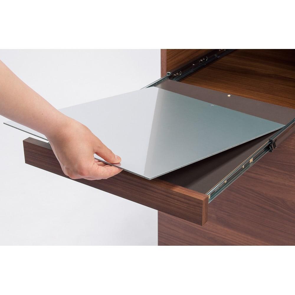 お手入れ簡単ナチュラル高機能シリーズ カウンター 幅140cm 汚れが付いても裏返して使用できるスライドテーブル用アルミボード。