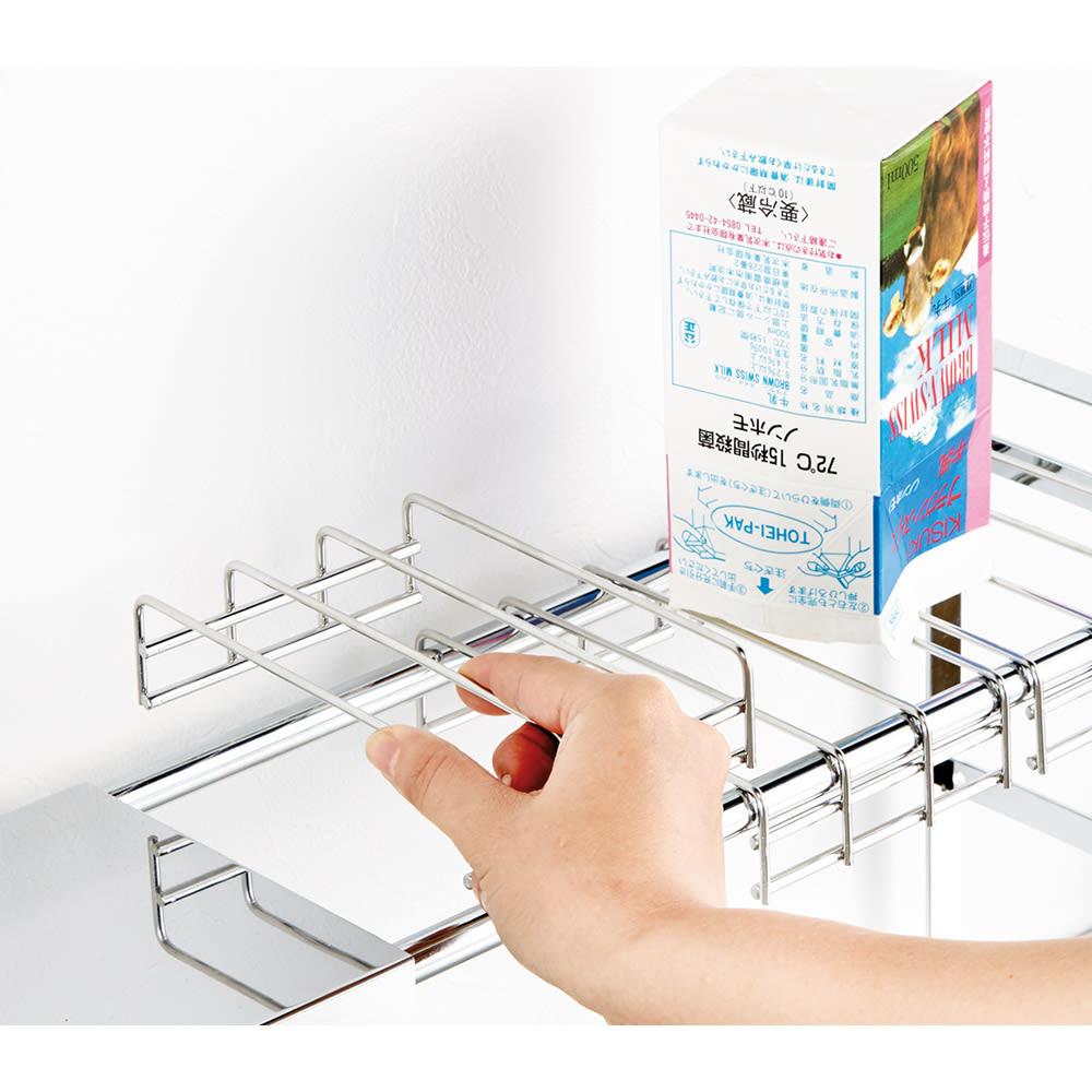薄型だから狭いシンク上にも置けるステンレス幅伸縮カウンター上ラック 棚1段タイプ 網棚は分割式で3枚付き。