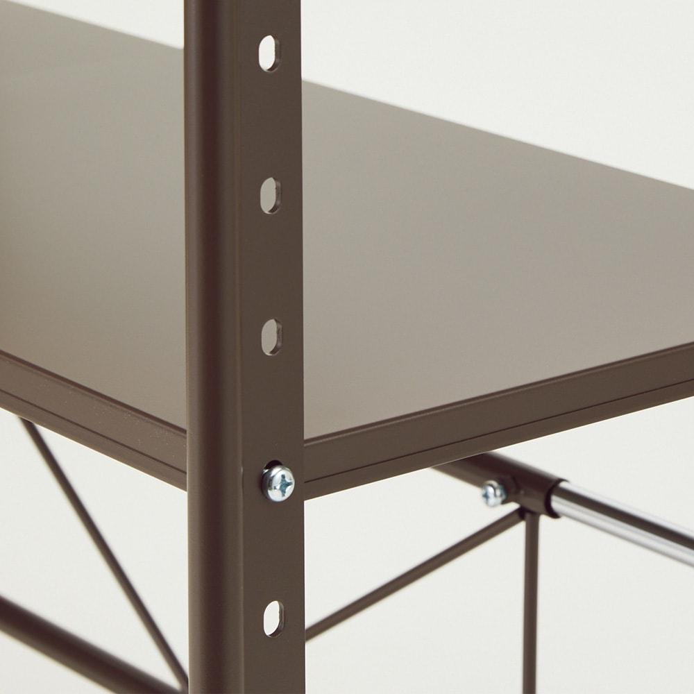 レンジ上を活用できる伸縮キッチンラック 1段(高さ50cm) 幅52~84cm 棚板は4cm間隔で高さを調節できます。