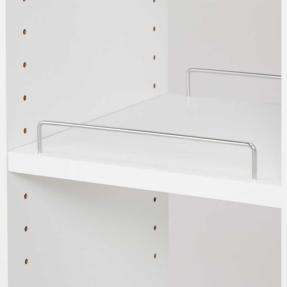 収納物が取り出しやすい3面オープンすき間収納庫 幅30cm 棚板には、収納物が落ちづらい、こぼれ止めバー付き。