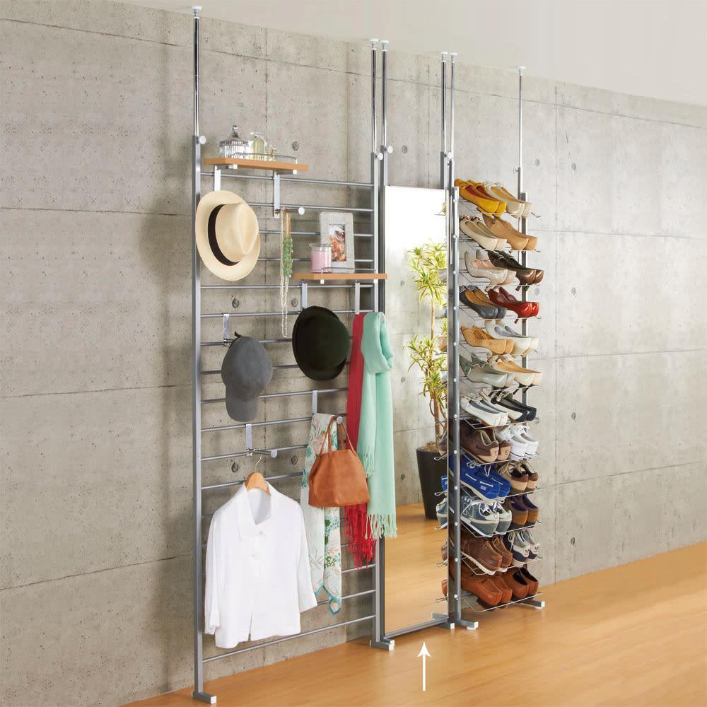 天井突っ張り式 玄関壁面ブティックミラー 幅40cm 組み合わせ例。 廊下などに適した薄型。