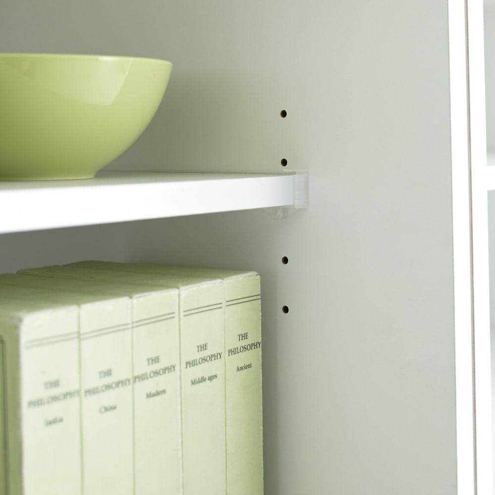 マンションにもぴったり引き戸式壁面収納本棚 扉 幅75奥行25cm 3cmピッチ調節の棚板 本の大きさにあわせて簡単に調節可能。効率よく収納できます。