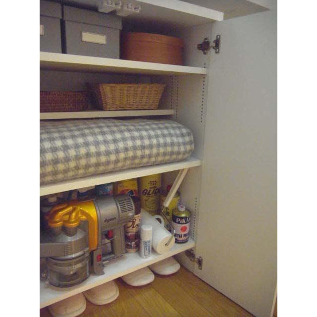 1cmピッチ&段違いで使える ハーフ棚板たっぷり収納庫 幅88cm 収納例