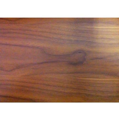 Sereno/セレノ 棚付き折れ脚テーブル(VT4090T) (イ)ブラウン棚板には木目の際立つウォールナット材突板を使用。