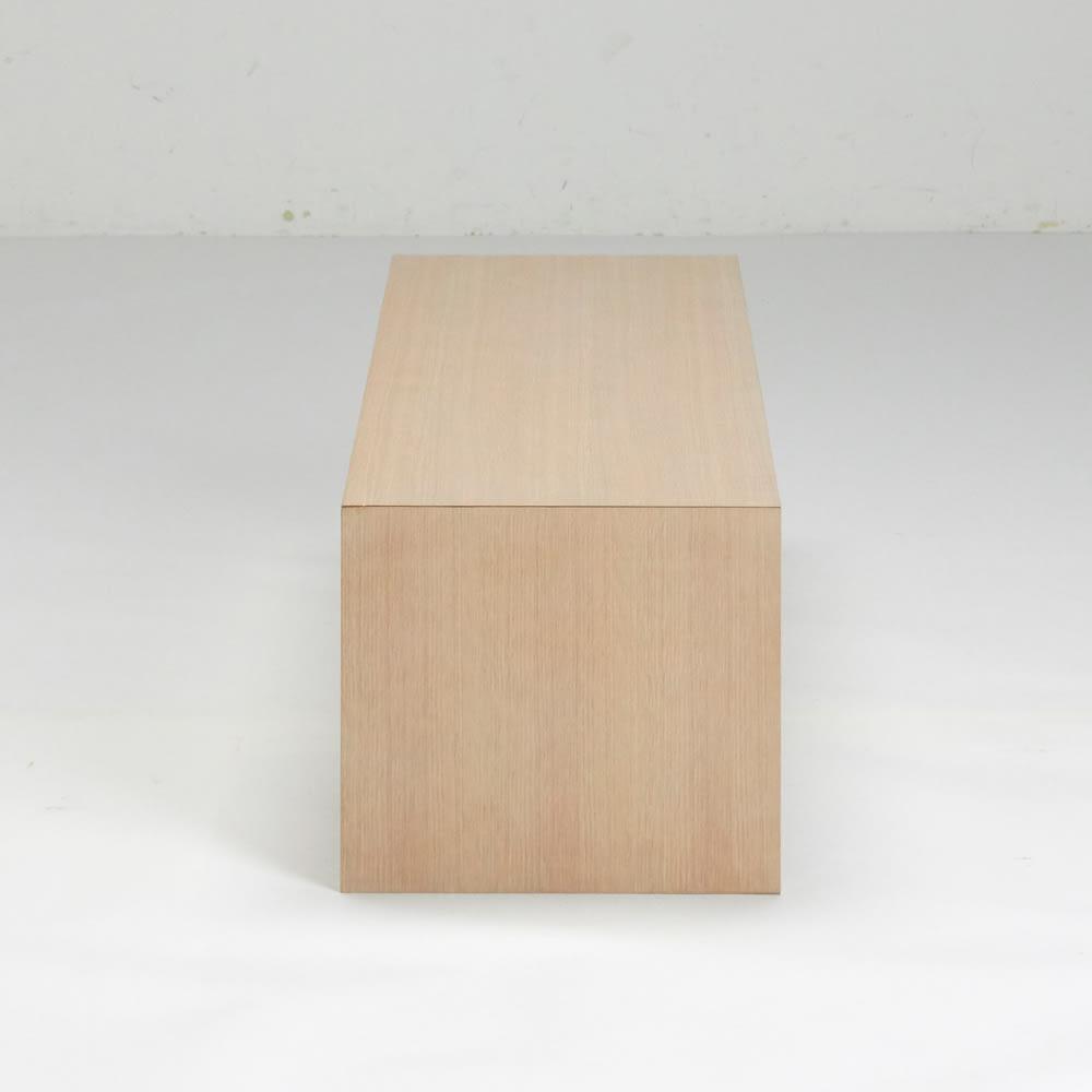 Slim スリム すっきり折りたたみ可能なリビングテーブル 幅120奥行40cm 側面。木目のつながった丁寧な仕上げです。