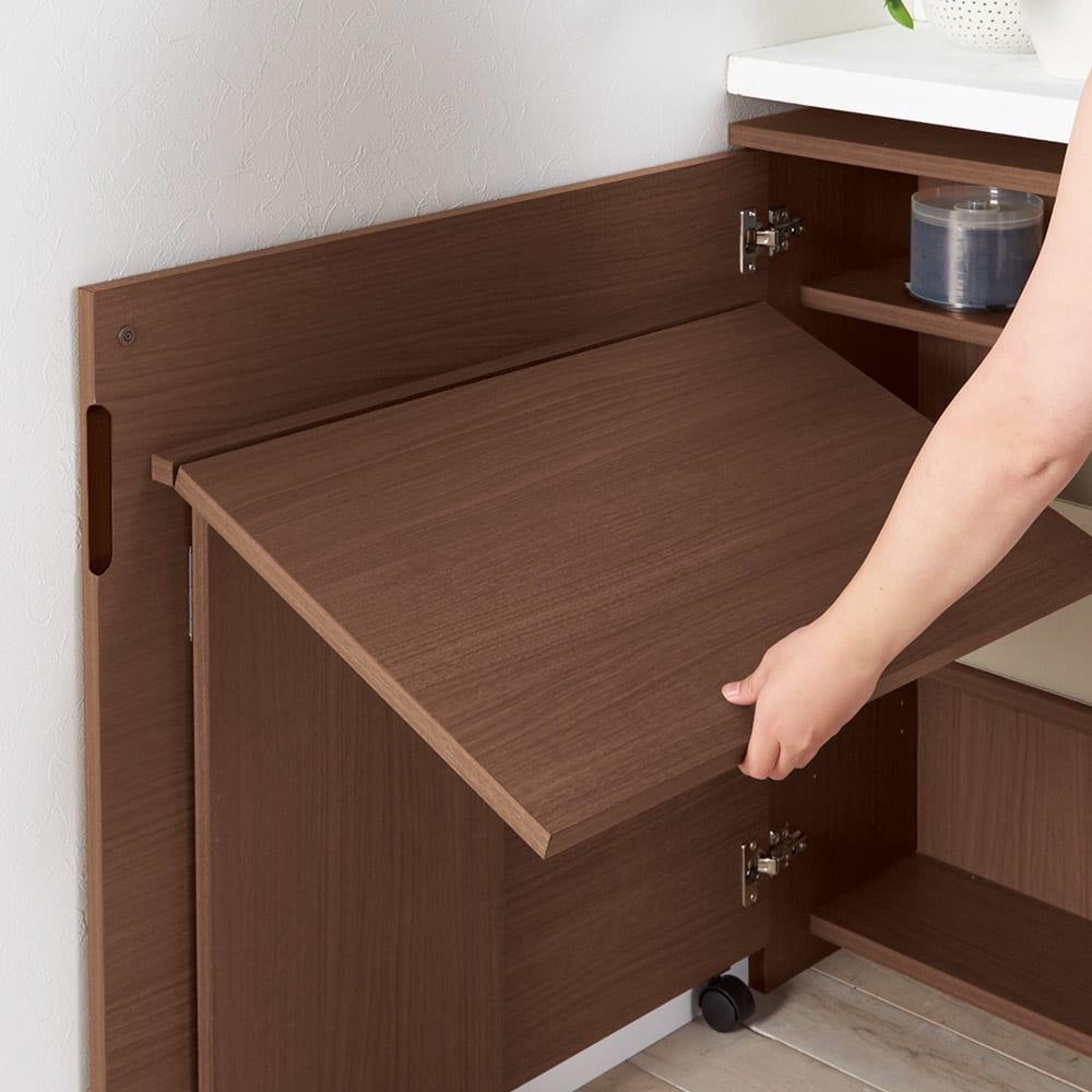 薄型折りたたみ収納デスクシリーズ 書棚付き折り畳み収納デスク 向かって右開き 天板を持ち上げ内側左右の板を開いて上に乗せて固定。