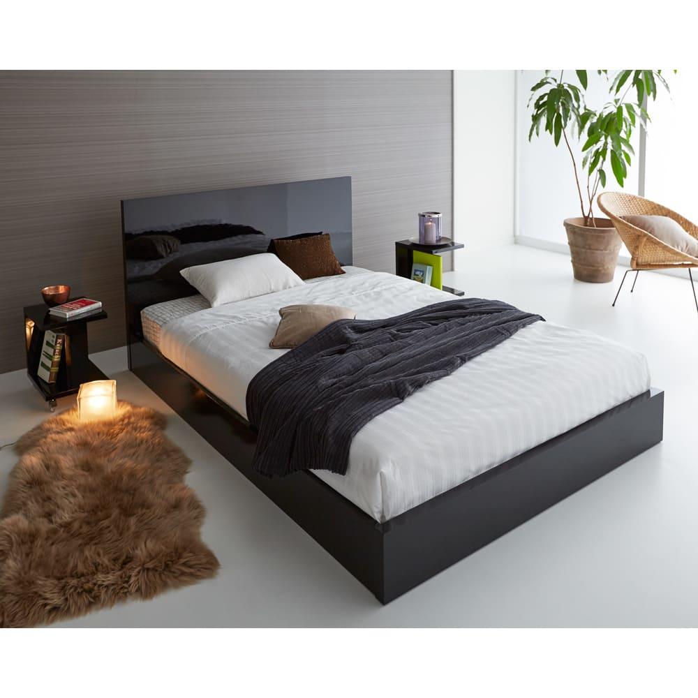 Bianco 光沢ベッド ベッドフレームのみ ブラック ※写真はダブルサイズです。 ※お届けはベッドフレームのみです。