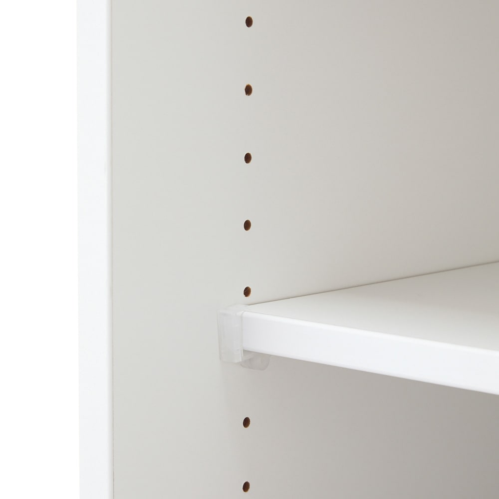 【国産・完成品】薄型 オープンワードローブ 棚 幅77.5cm 棚板は3cm間隔で高さ調節が可能。
