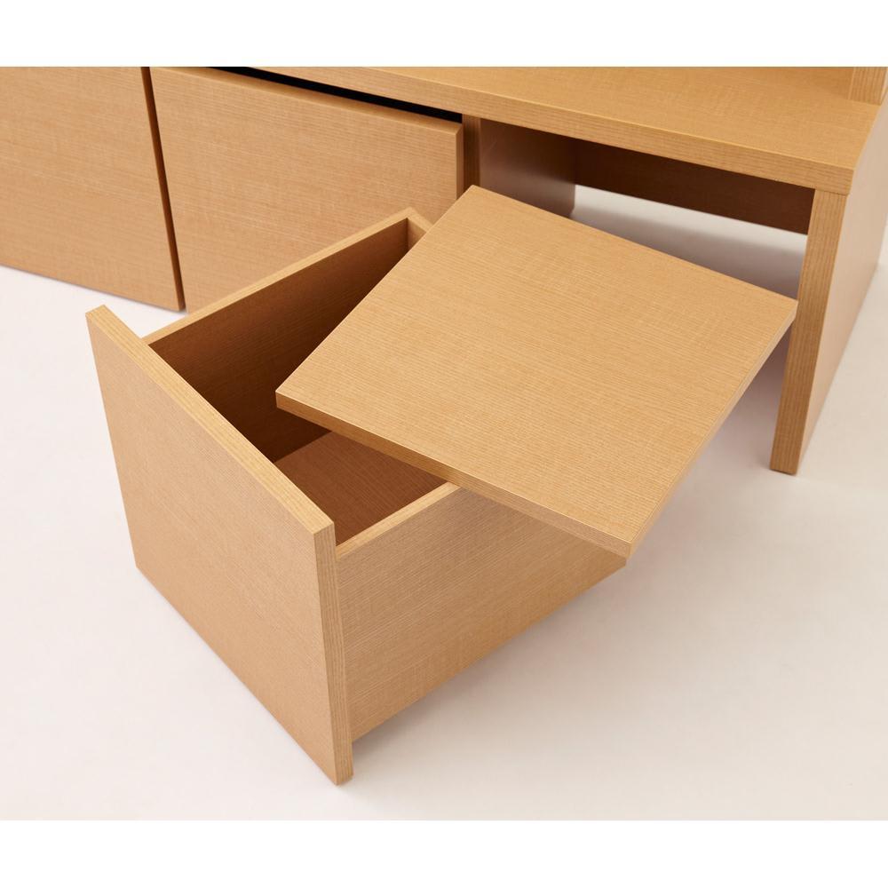 ベンチスタイルハンガーボード 2ボックスタイプ 幅79cm ボックス1つだけにフタが付いています。