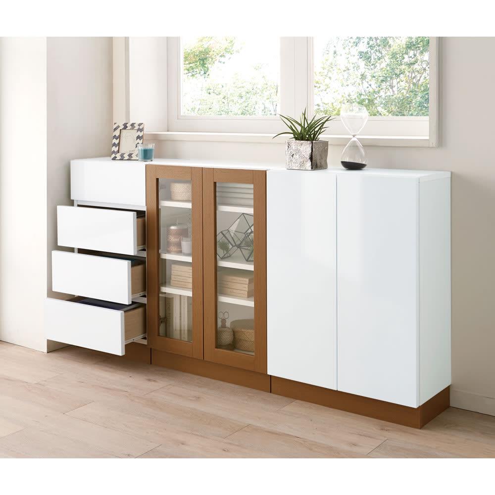 北欧風モダンカウンター下収納庫 引き出し 幅45cm 白と木目のツートンカラーで、お部屋のアクセントになります。