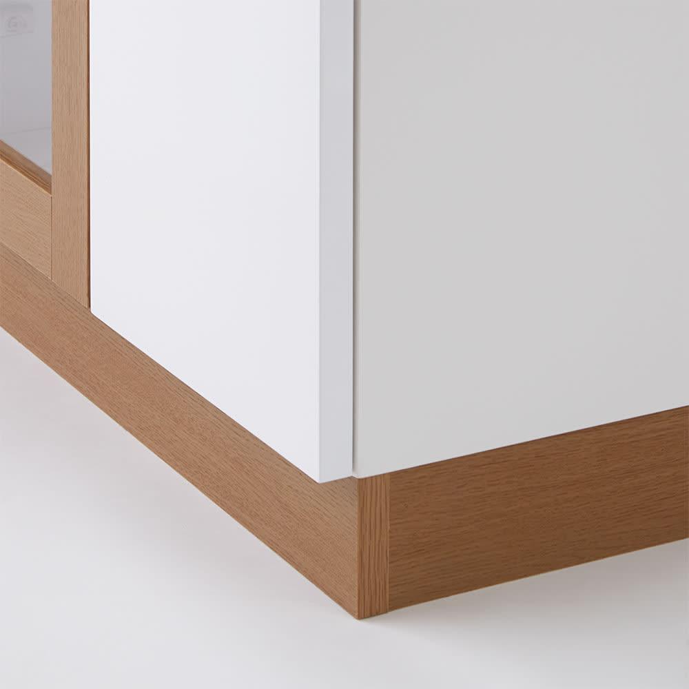 北欧風モダンカウンター下収納庫 板扉 幅60cm 白と木目のツートンカラーで、お部屋のアクセントになります。