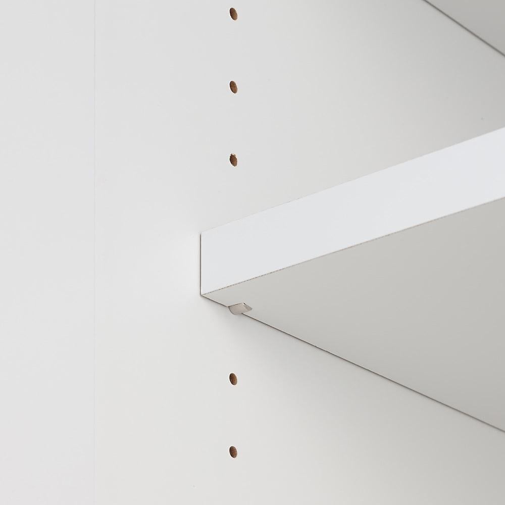 LDK壁面収納(高さ200cm) ダイニングボード 板扉 幅121cm 可動棚板は3cm間隔で自由にお好みの高さに設定できます。
