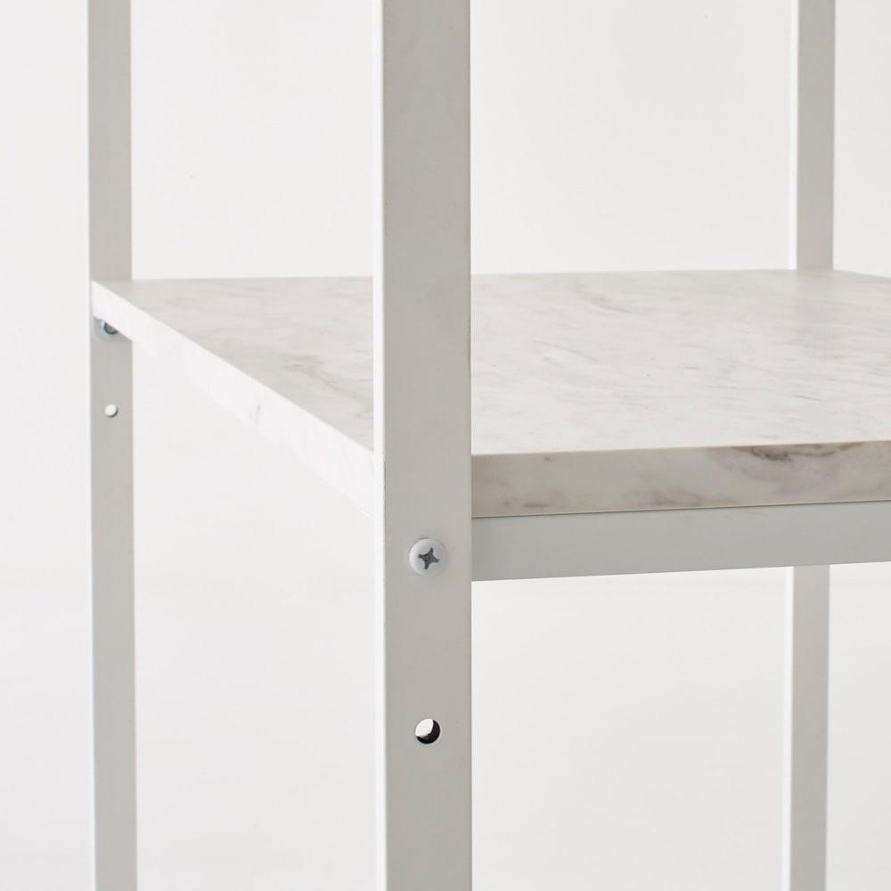Milia/ミリア 大理石調 キッチン収納ラック ハイ 幅63.5cm 上から2/3段目の棚板はそれぞれ5cm間隔2段階で高さ調節が可能です。