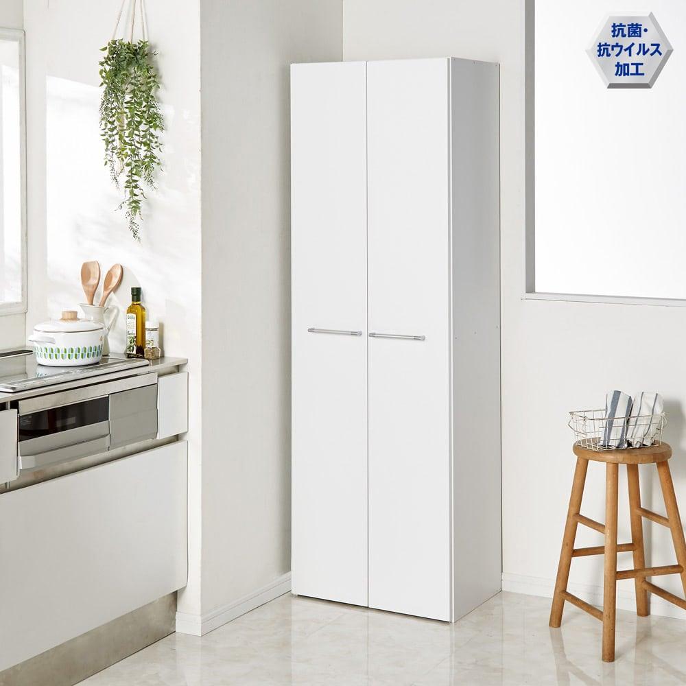 清潔に安心して使える 食器からストックまで入るキッチンパントリー収納庫 幅60奥行40cm 扉を閉じればすっきり!
