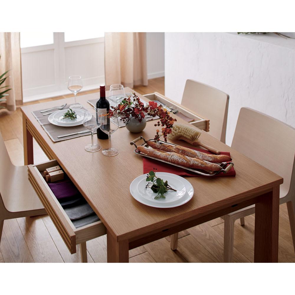 Gulf/ガルフ 引き出し付きダイニングテーブル 幅140cm コーディネート例(イ)ナチュラル