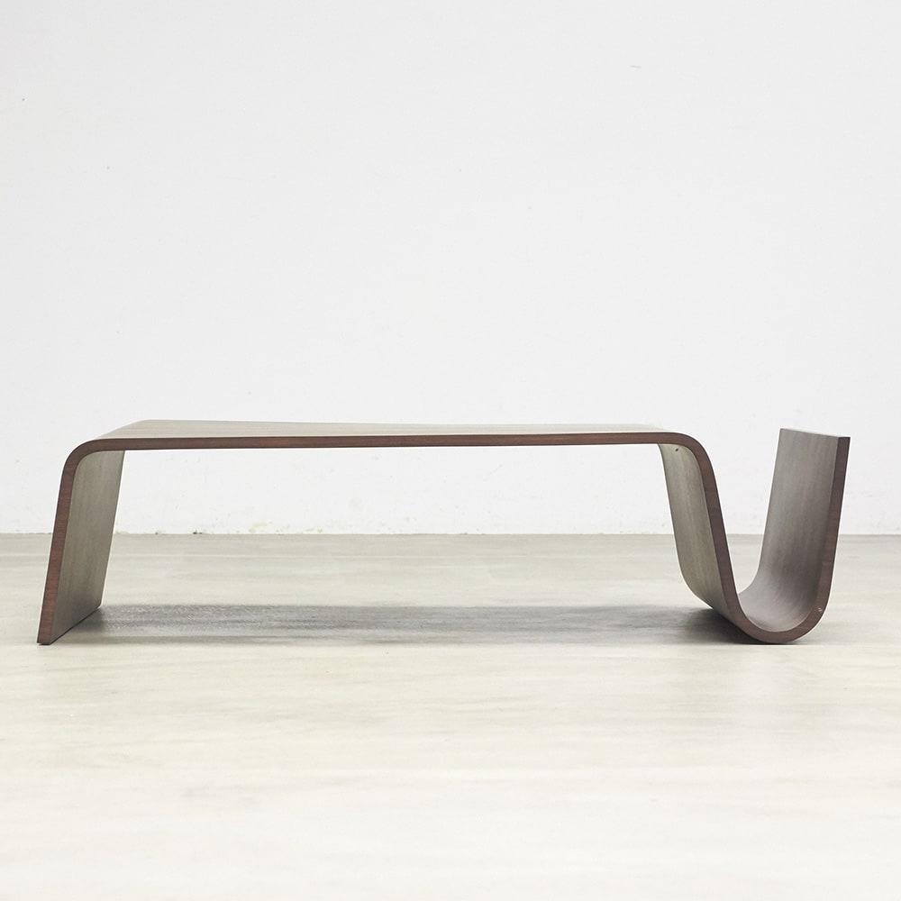 Poski/ポスキ デザインリビングテーブル ナチュラル 正面からのイメージ