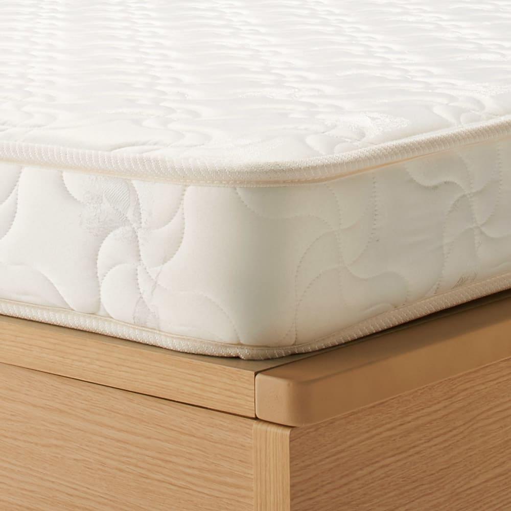 深型ガス圧式跳ね上げベッド レギュラー 厚さ12cmの薄型国産ポケットコイルマットレス付き。