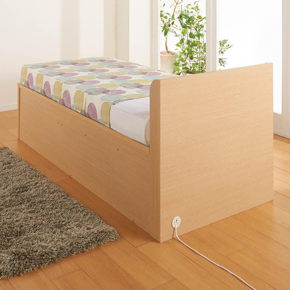 深型ガス圧式跳ね上げベッド レギュラー やさしい雰囲気のナチュラル。物を片付けてすっきりとした寝室に。 ※写真はショート・セミシングルサイズです。