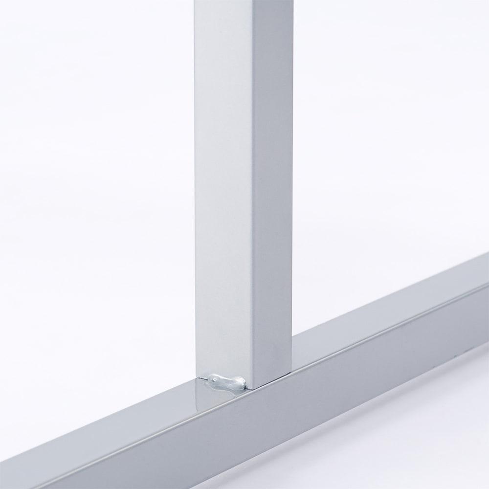 カーテン&木製サイドパネル付き 奥行68cm伸縮頑丈ハンガー 棚なしタイプ・幅117~200cm 大量収納を支える2cm角の支柱を採用。