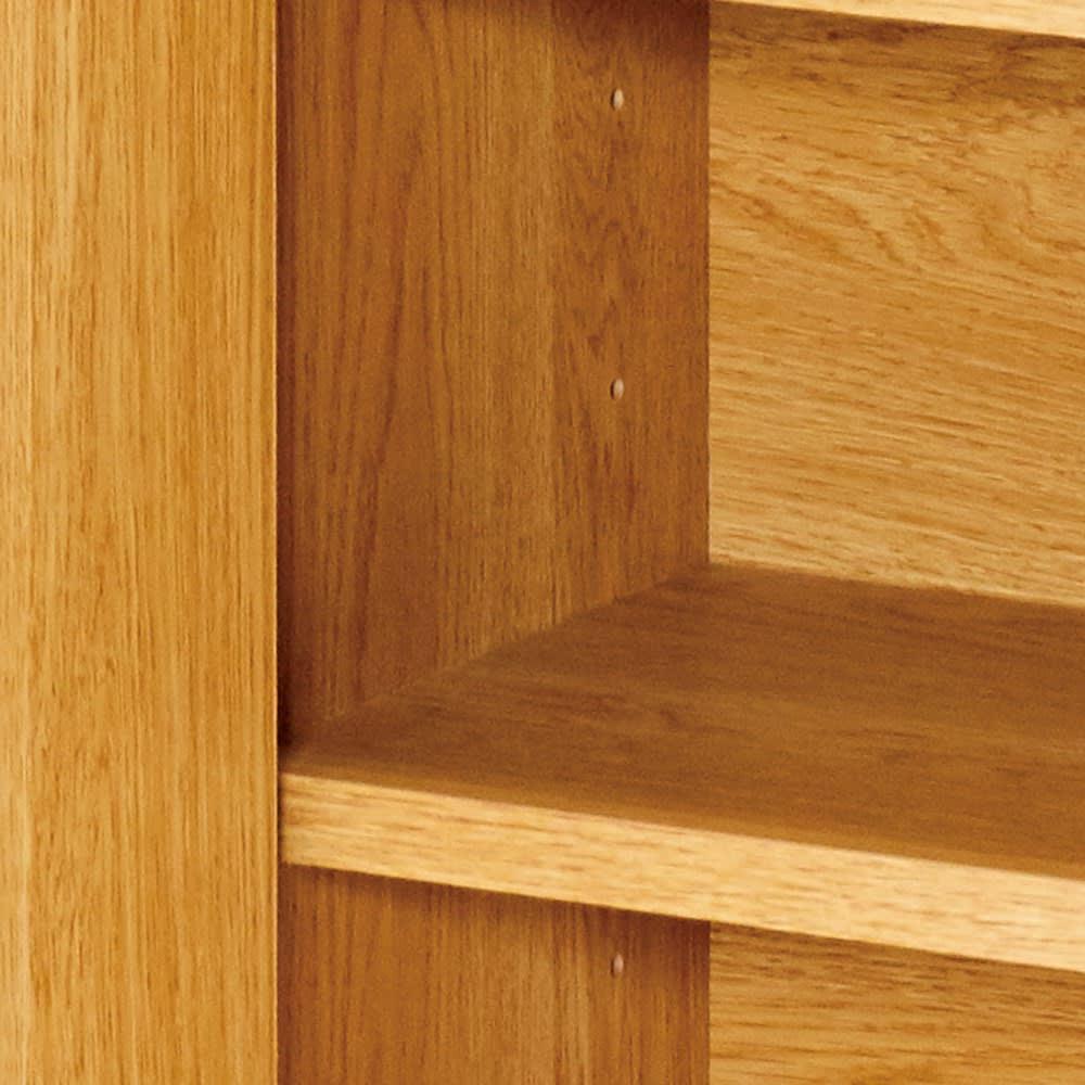 間仕切りカウンターダイニング 幅120cm 扉内の棚板は6cm間隔6段階に高さ調節できます。