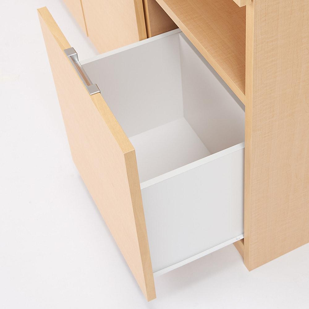 全部引き出し カウンター下収納庫 幅120cm 引き出し内部は収納物に配慮した化粧仕上げです。