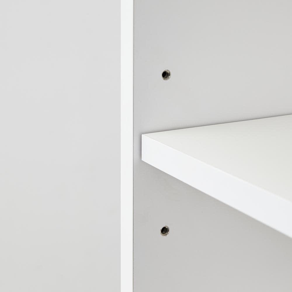 Xylo/シロ ストライプシリーズ デスクサイドラック 上段の引き出しもフルスライドレール付きで開閉スムーズです。細々した文房具や書類の整理に便利。