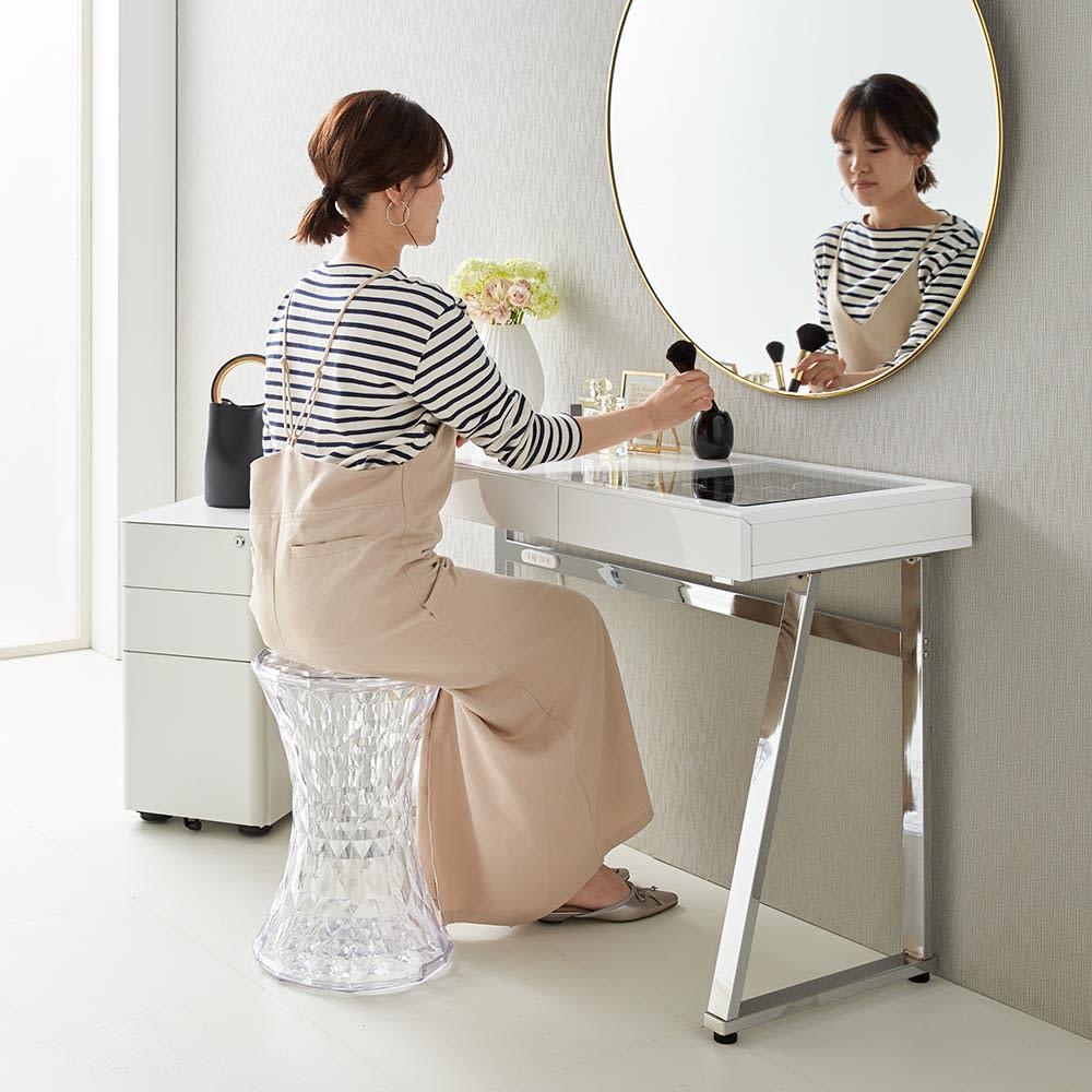 Panop/パノプ コレクション収納付きデスク 幅80cm 前に鏡を置いてドレッサーとして。