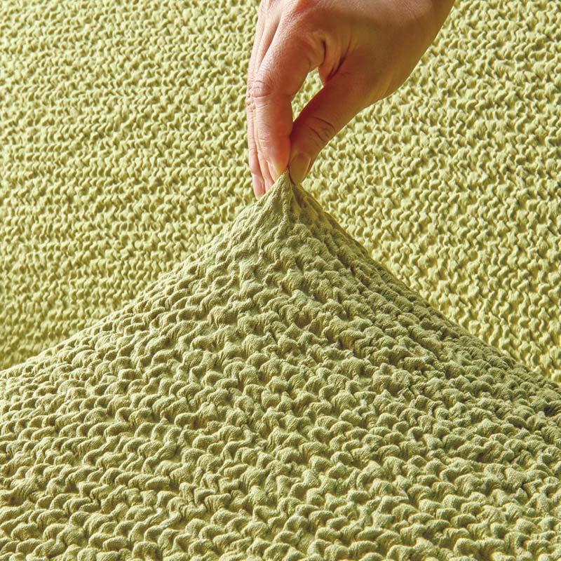 イタリア製フィットカバー[ブックレ] パーソナルチェアカバー パフ(足置き)なし タテヨコによく伸びるので、さまざまな形のソファに簡単に取り付けられます。フィット感がよく仕上がりもきれい。(※写真はお届けの色とは異なります)