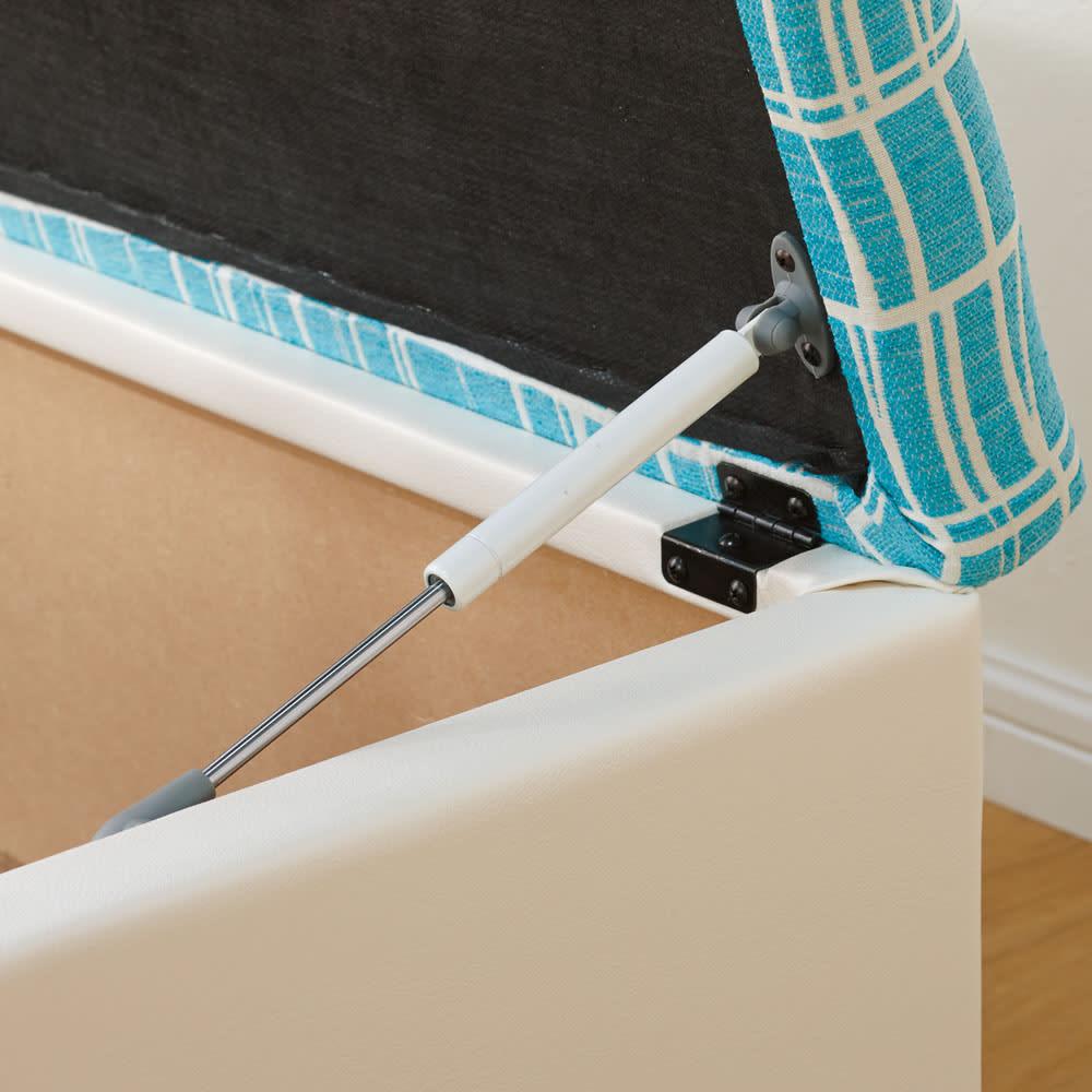 フィンレイソン柄玄関収納ベンチ 幅60cm ゆっくり開閉し、手をはさみにくい作り。