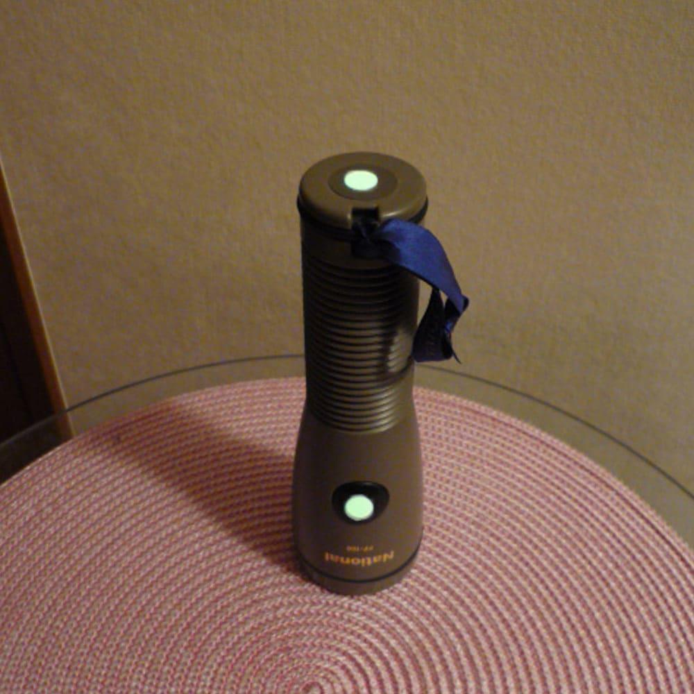 高輝度蓄光テープセット 懐中電灯(○型シール使用例)