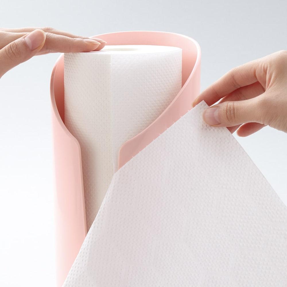 メリーナ キッチンペーパースタンド ペーパーのミシン目を1cmほど引き出し角に当てると切りやすくなります。