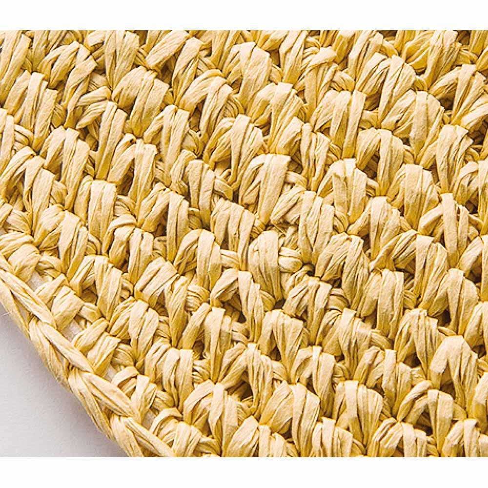 洗える和紙のキャペリンハット 和紙の糸をひと目ずつ手編みで作られています。