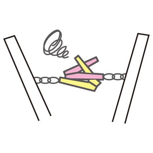 ピンチが絡まないステンレスハンガー 片吊りピンチだと広げた際にフレーム本体や他のピンチと絡み合ってしまう。