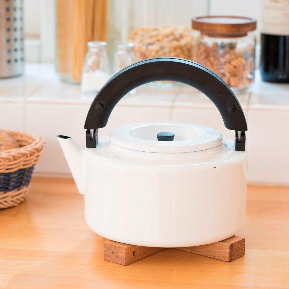IH兼用 冷蔵庫にも入る収納便利なフラットケトル(茶こし付き)