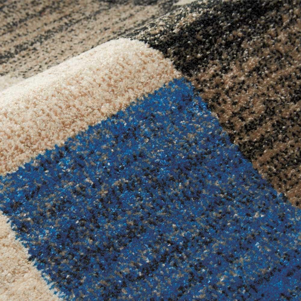 ベルギー製ウィルトン織ラグ [素材アップ](イ)ブルー系 肌触りなめらかで上質感のある厚手のウィルトン織。