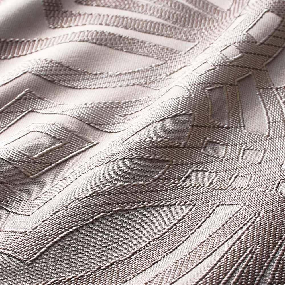 Beata ビアータ ホテル仕様ジャカード織ベッドスプレッド [生地アップ]グレーベージュ 立体感を持たせたグレード感のある仕上がりに。